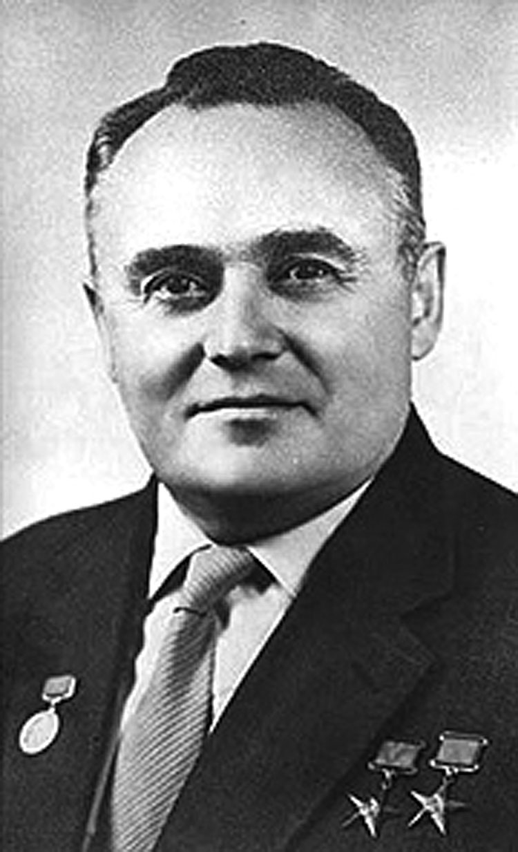 Sergei Korolev on two way radio case