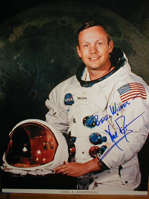 neil armstrong first astronaut on the moon - photo #20