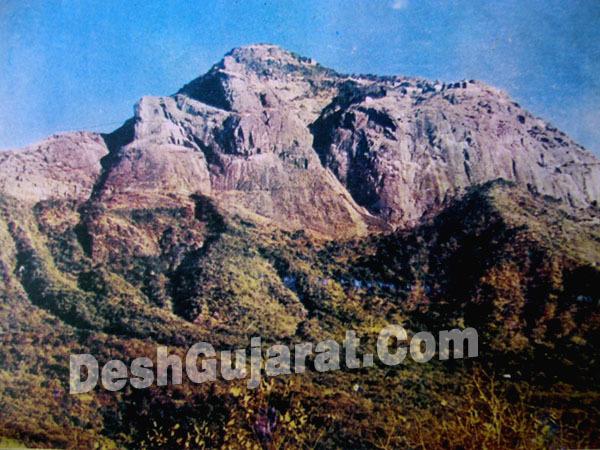 gunung berwajah manusia