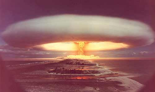 http://www.thelivingmoon.com/43ancients/04images/India/NuclearBomb.jpg