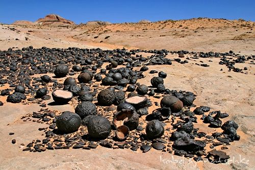 Ooparts Quot Ufo Quot Stones