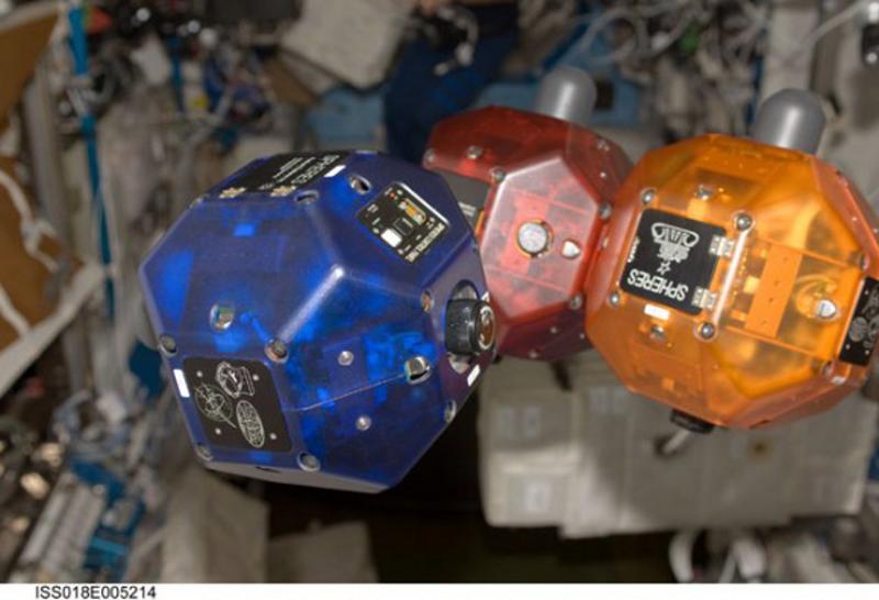 http://www.thelivingmoon.com/45jack_files/04images/Spheres/Spheres_003.jpg